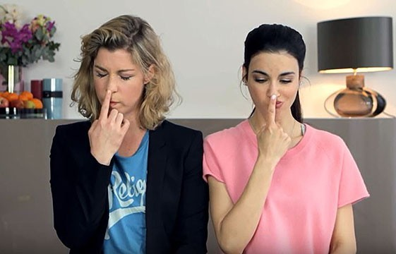 Im Video: Laila Maria Witt und Brigitte Zeh beim Schauspiel Warm Up