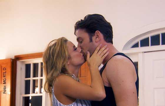 """Der Bachelor 2018 – der erste Kuss und """"Bitcheeeeees!"""""""