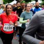 Niveau-Klatsch am Start: der Metro Marathon 2019