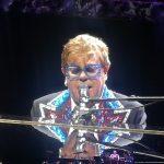 "Elton John in Oberhausen… und ""by the way: f**k Brexit!"""
