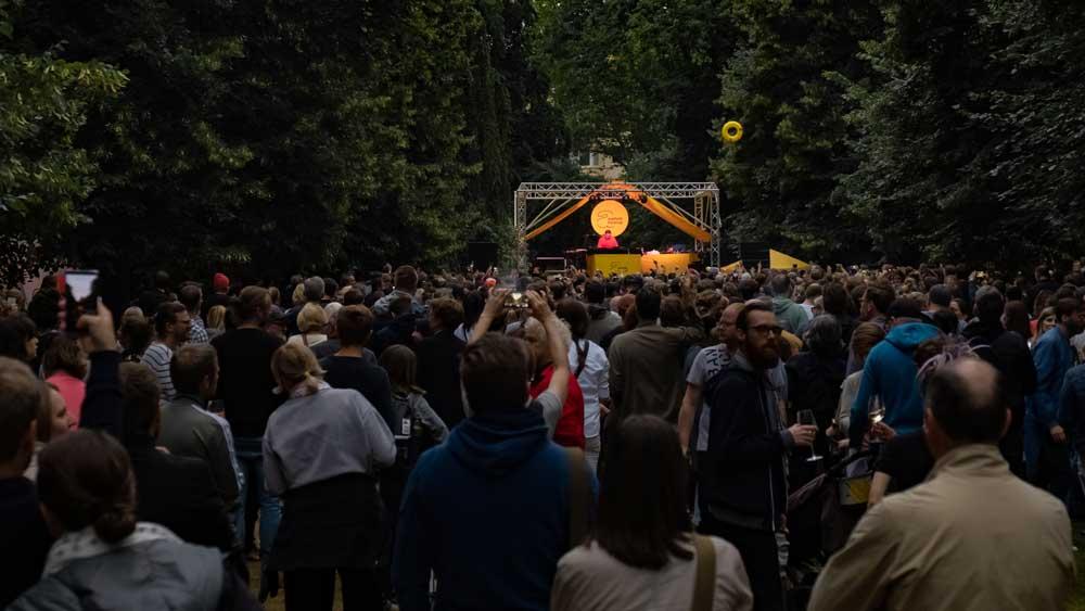 Erobique beim Asphalt Festival 2019
